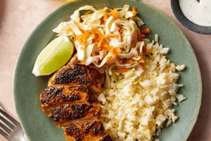 Spanish Chicken & Cheesy Rice with Cone Cabbage & Carrot Slaw (2 Meals)
