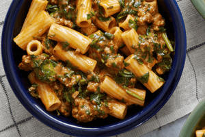 Rigatoni Creamy Beef Ragu with Spinach & Cheddar Cheese (2 Meals)