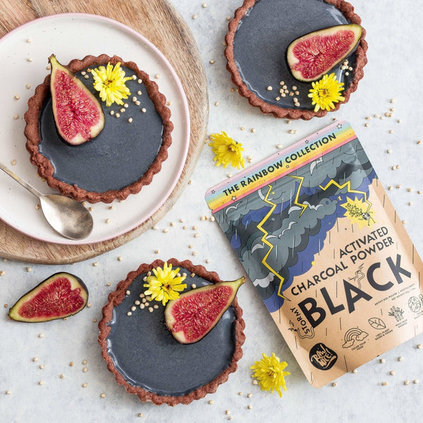 Activated Charcoal Chocolate Tarts | Rawnice