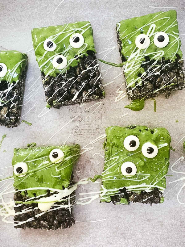Monster Rice Krispie Treats with Matcha Icing | Rawnice