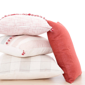 Laali Lumbar Pillow