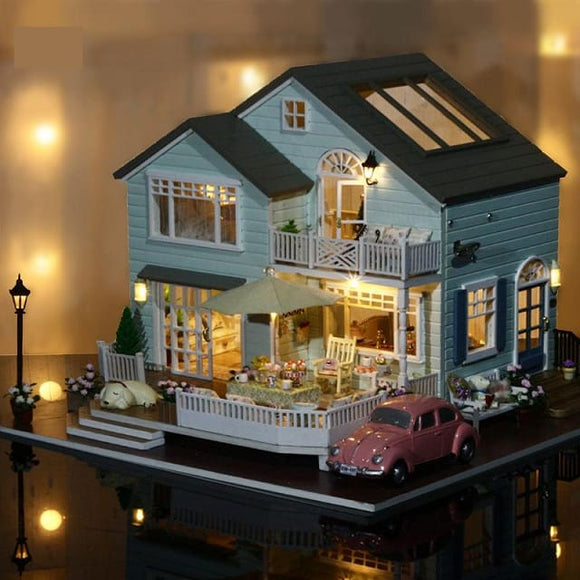 3D Queens Town Diy Miniature - With Led & Furniture