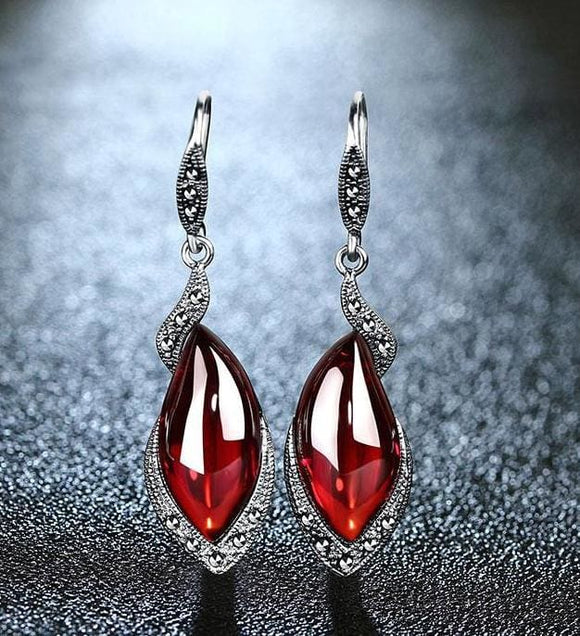 Chalcedony Garnet Gemstone with 925 Sterling Silver Earrings