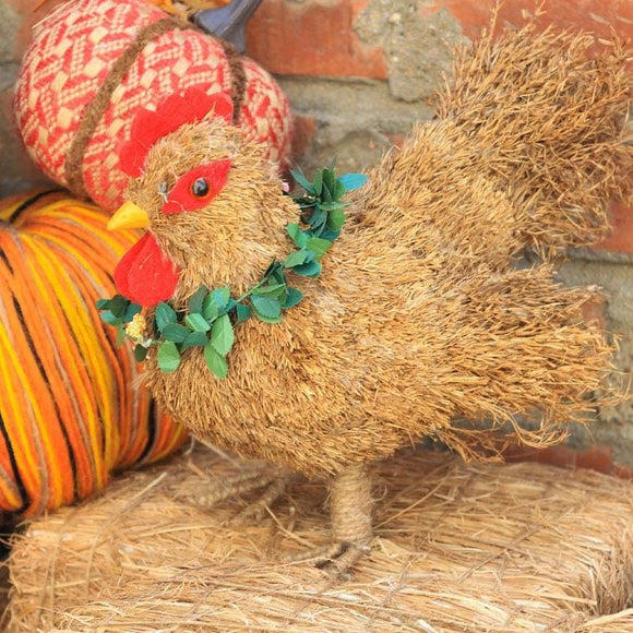 Farmer Hen Straw Table Decor