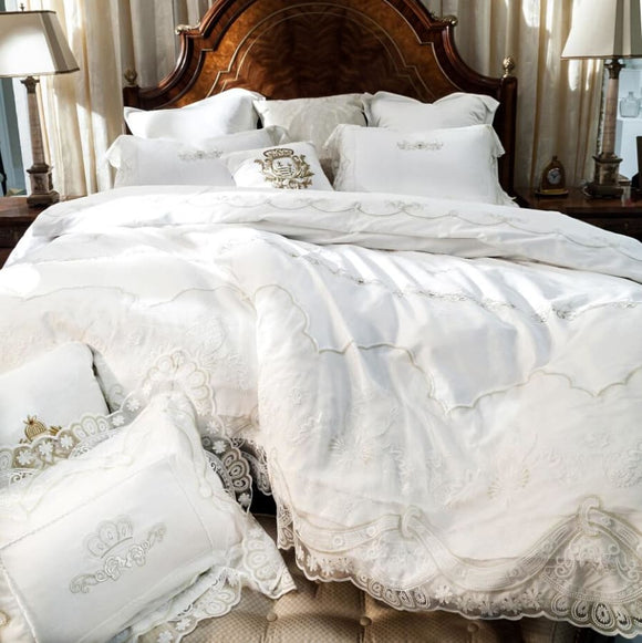 Lacy Duvet and Sheet Set - Off White / King
