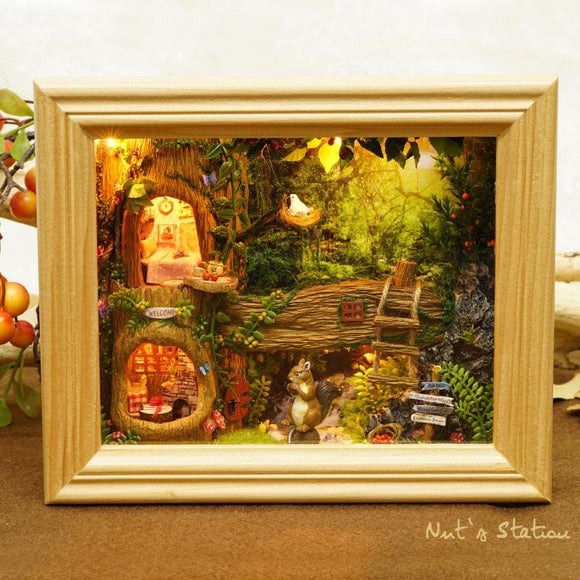 Wood Frame 3D DIY Squirrels Forest House