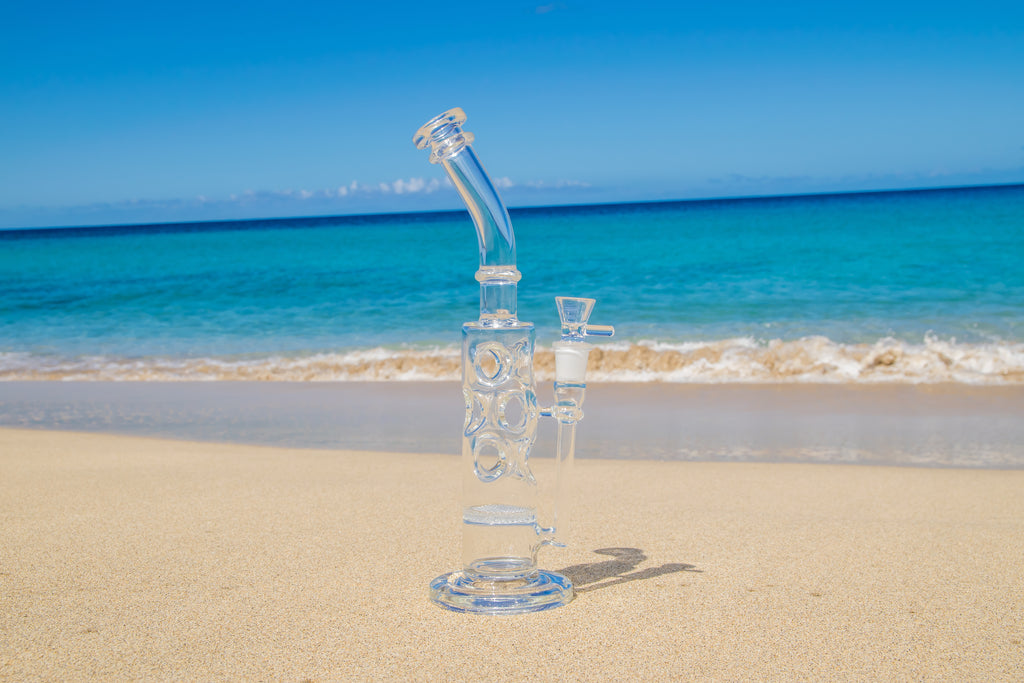 /collections/glass-bongs