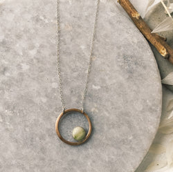 Serpentine bronze circle necklace