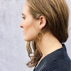 Simple brass hoops