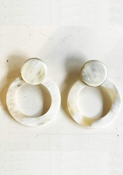 Natural Circle Earrings
