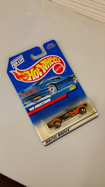 Hot Wheels '65 Mustang Collector #1051 Die-Cast 1998 Sealed On Card New