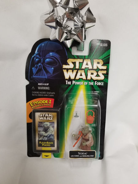 Star Wars Power Of The Force Yoda w/ Cane And Boiling Pot Action Figure Sealed on Green Card New