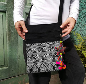 Congo Star Black & White Crossover Bag