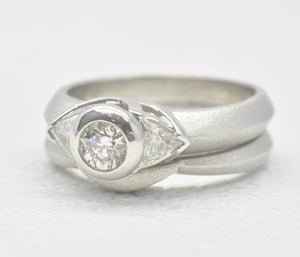 round diamond bezel wedding set