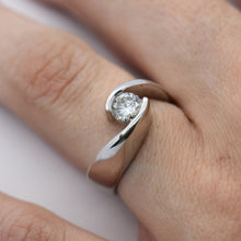 Swirling Bezel Wedding Set