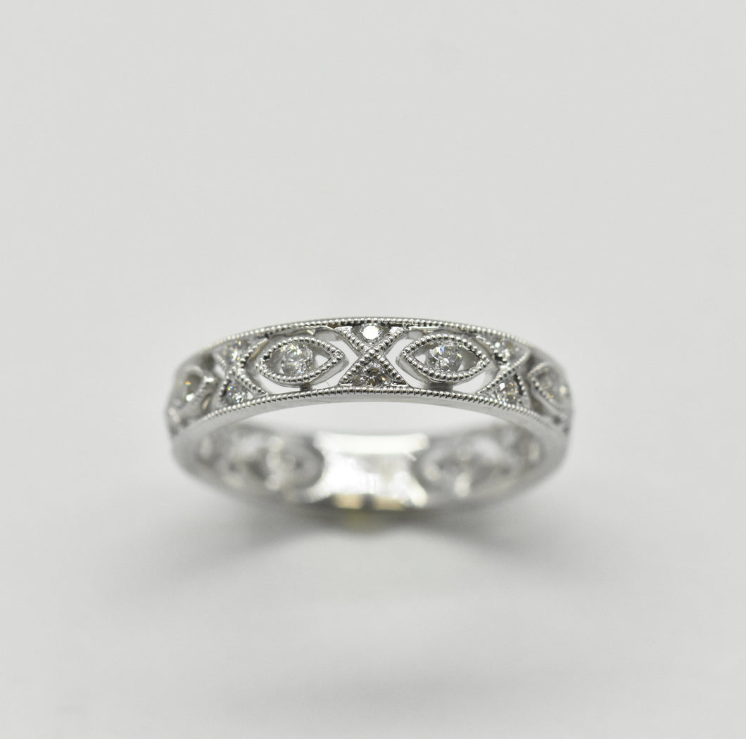 18K White Gold Wedding Band With Marquise and Criss-Cross Detial