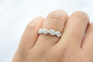 Infinity Pattern White Gold Wedding Band
