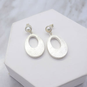 Oblong Oval Earrings with Freshwater Pearl