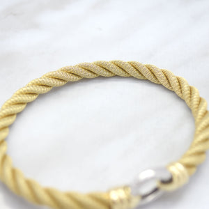 Heavy Mesh Twist Circle Clasp Bracelet