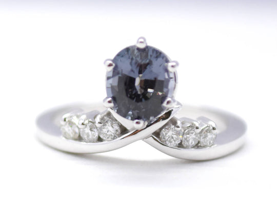 Black Spinel Diamond Ring