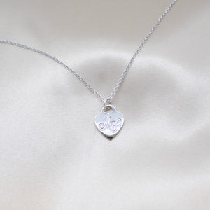 beautiful heart silver mom necklace
