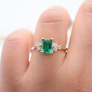 diamond cluster ring emerald