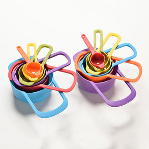 Colorful Measuring Cup and Spoon Set for Baking and Cooking (6pcs Random Color)