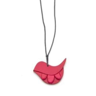 Birdie from the Hills Necklace Red