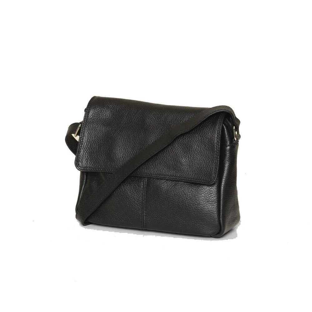 Picture of the Bryn black leather on a white background.