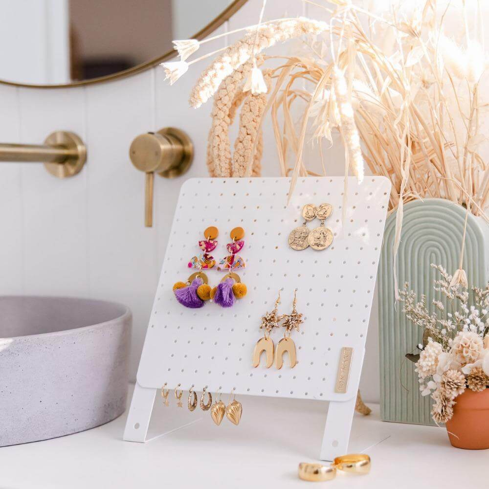 Earring Holder Stand White