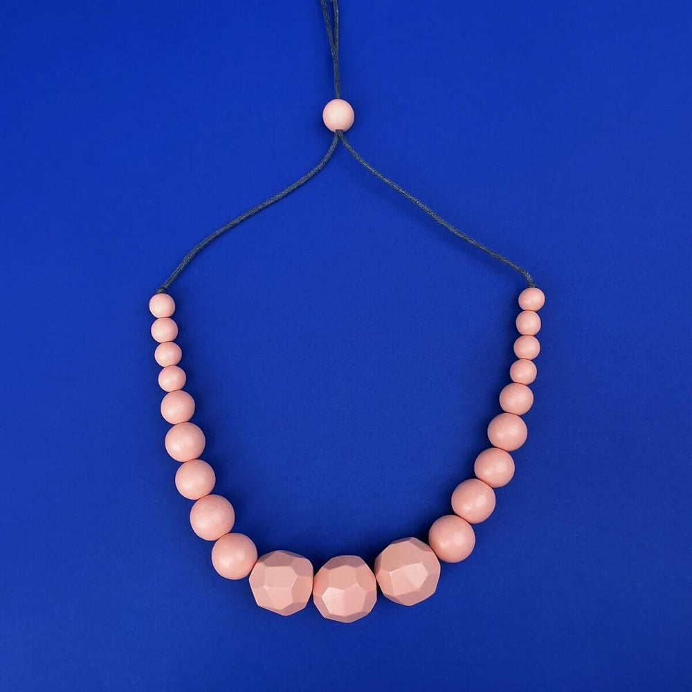 Graduated Beads Necklace Peach
