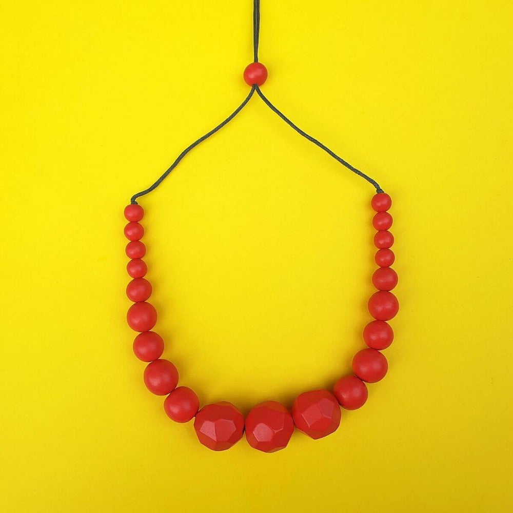 Graduated Beads Necklace Red
