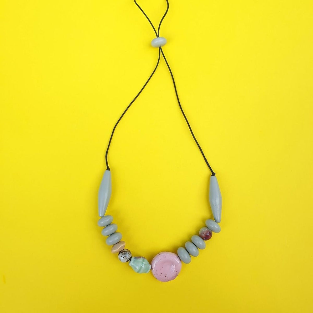 Mentos Necklace Light Grey