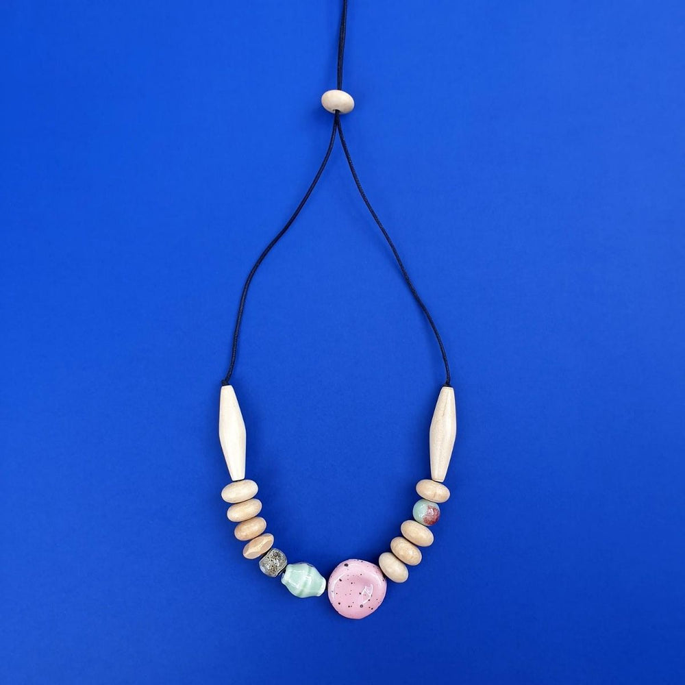 Mentos Necklace Natural