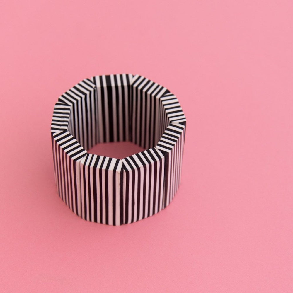 Contrast Striped Edge Bangle