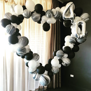 Heart Shape Balloon Photobooth Frame