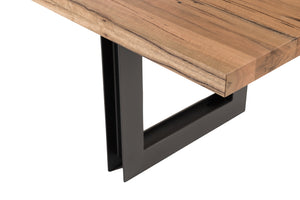 Que Table 1 - with U-H Iron Base