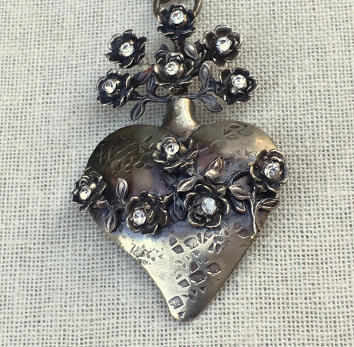 Heart Pendant with Roses