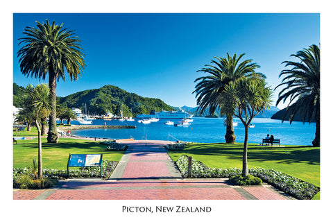 029 - Post Art Postcard - Picton Foreshore