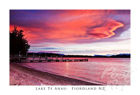 133 - Post Art Postcard - Lake Te Anau