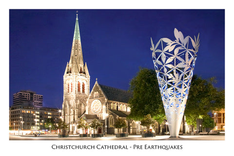 237 - Post Art Postcard - Christchurch Cathedral at Night