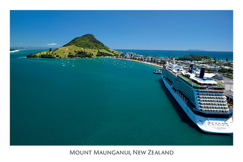 522 - Post Art Postcard - Mount Maunganui