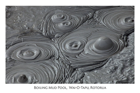 528 - Post Art Postcard - Boiling Mud Pool