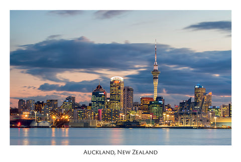 531 - Post Art Postcard - Auckland