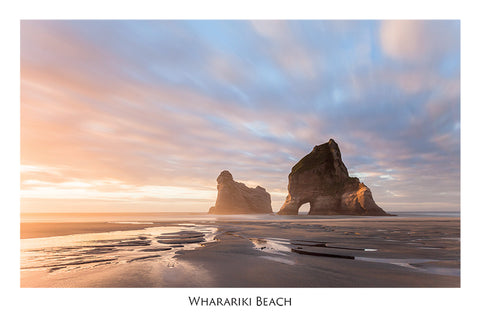 533 - Post Art Postcard - Wharariki Beach
