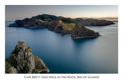 555 - Post Art Postcard - Cape Brett