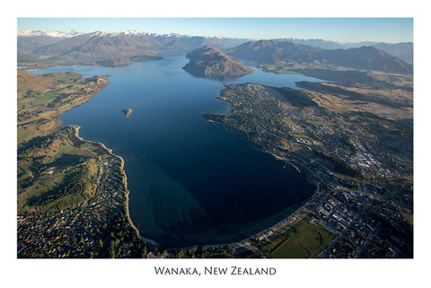 562 - Post Art Postcard - Wanaka Aerial