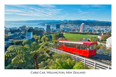 596 - Post Art Postcard - Wellington Cable Car