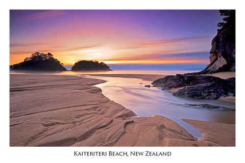 608 - Post Art Postcard - Kaiteriteri Beach