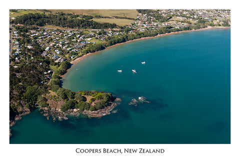624 - Post Art Postcard - Coopers Beach